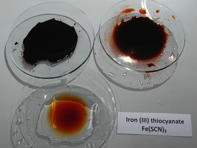 Iron (III) thiocyanate