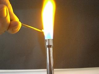 Sodium chloride flame test